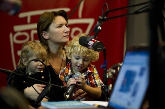 Диана Арбенина со своими детьми Мартой и Артемом