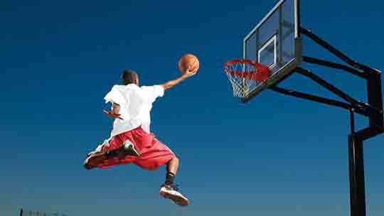 """""""Кража"""" мяча после броска по кольцу в баскетболе. Ответы"""